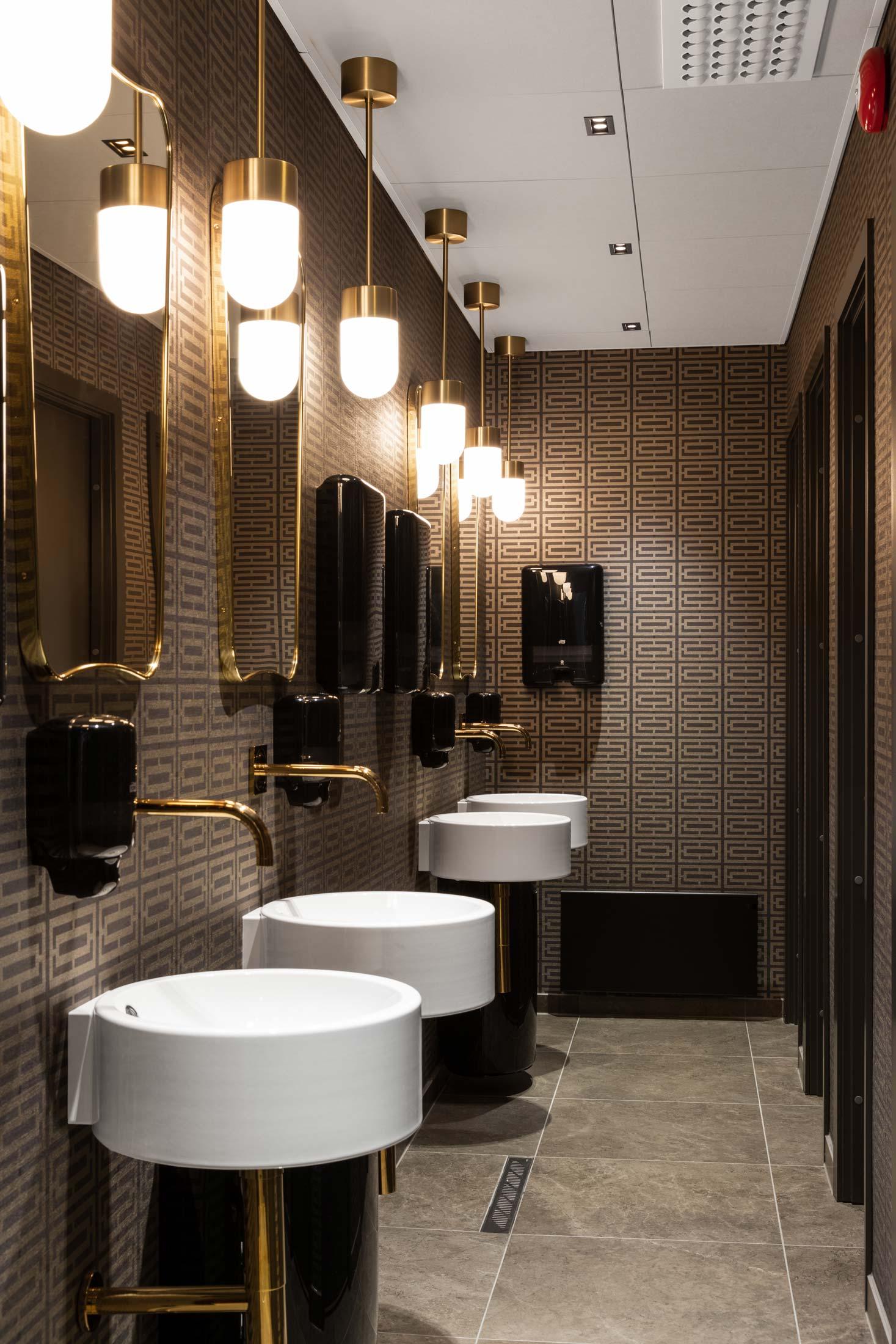 Belysning i toalettområde hos Grand Bergen