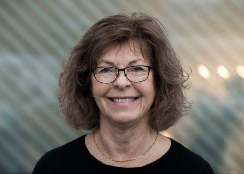 Elisabeth Hellesjø Fossum, kundesenter - logistikk i SML Lighting