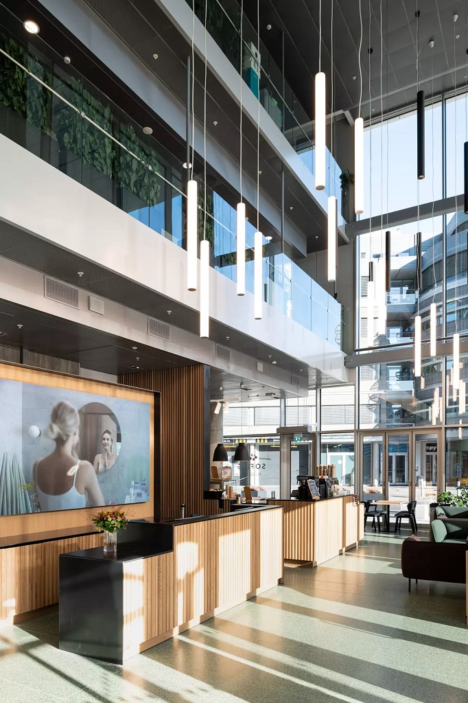 Belysning i Orklas hovedkontor på Skøyen