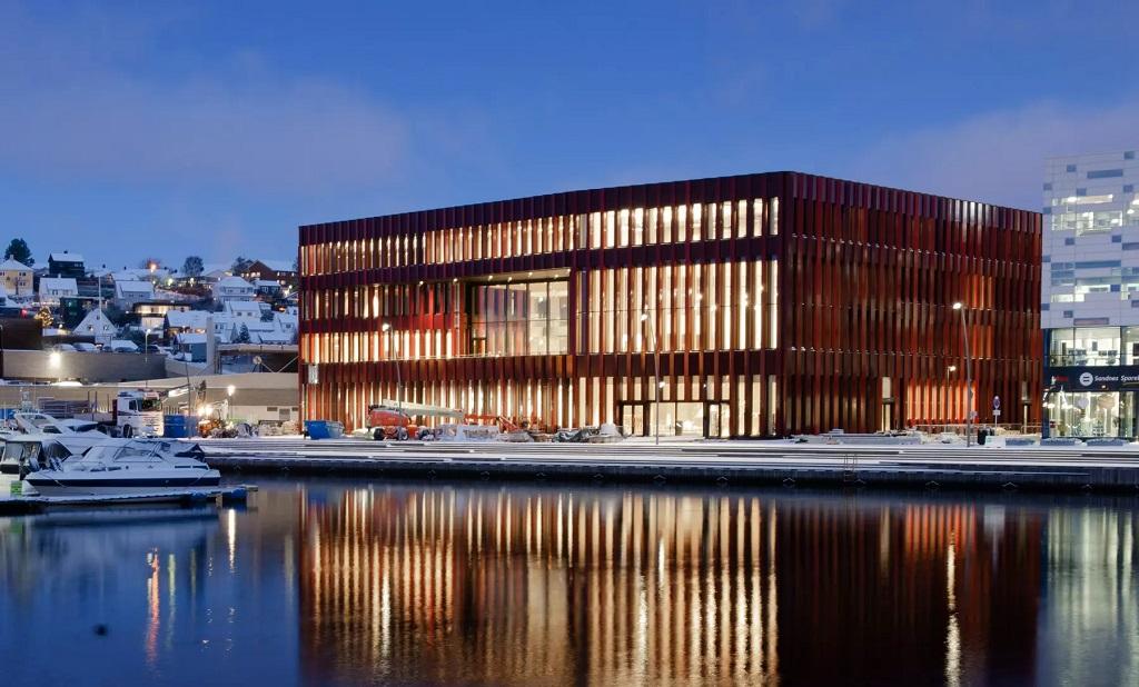 Belysning på Sandnes Rådhus