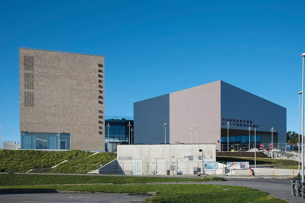 Harestad skole og Randaberg Kulturscene fasade