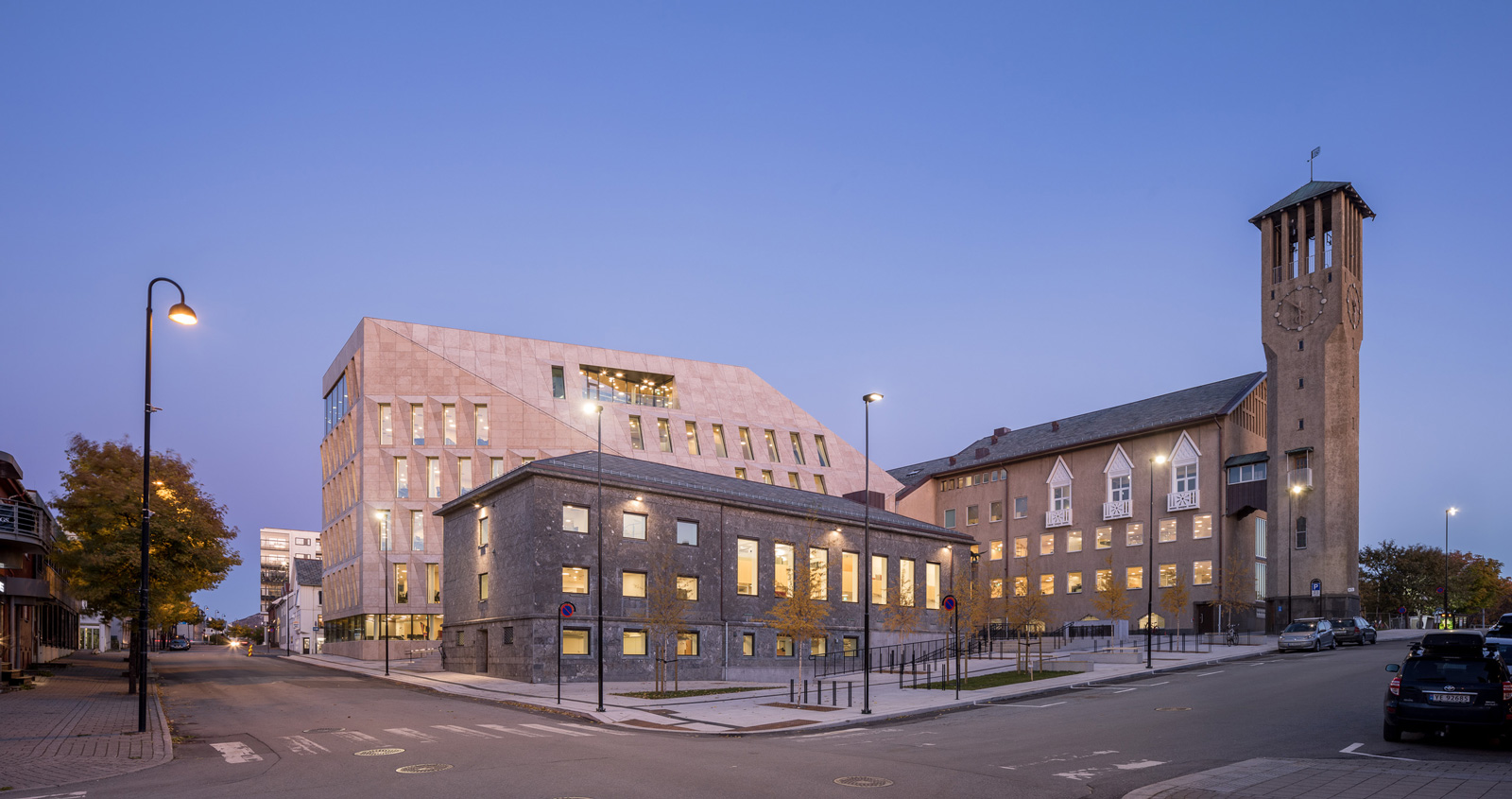 Utbelysning ved Bodø City Hall