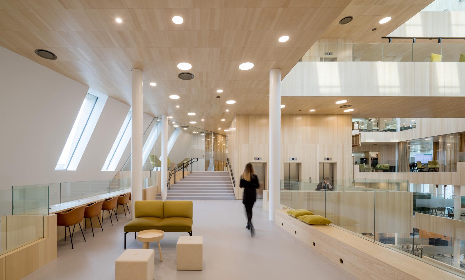 Belysning på Bodø City Hall