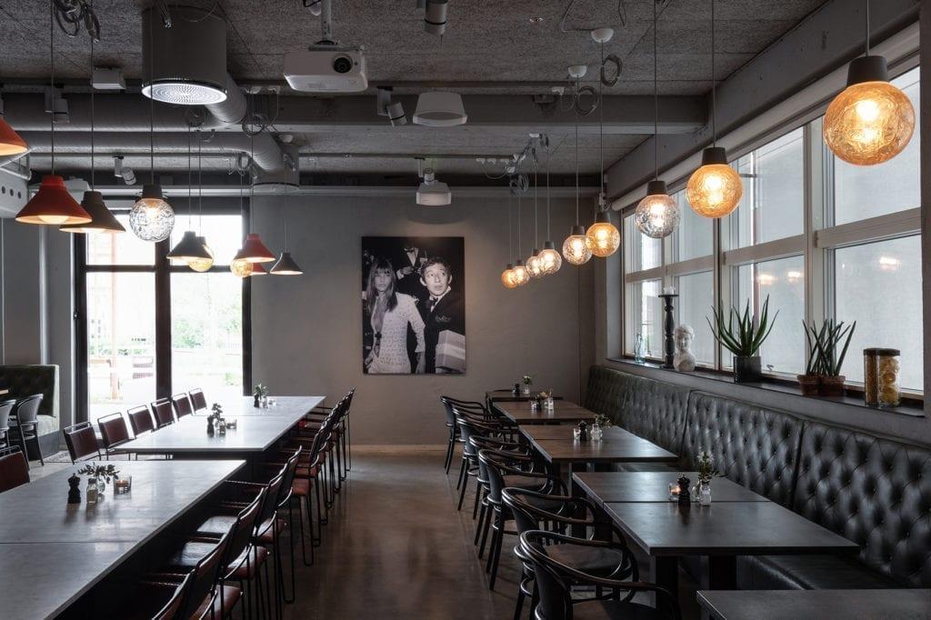 Belysning fra Zero i restaurantområde