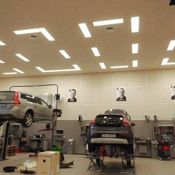 Belysning i Volvo bilbutikk