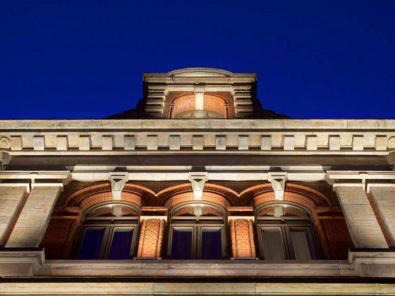 Fasadebelysning på Bergen Børs Hotel