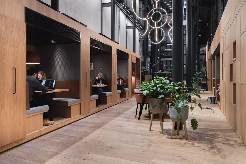 Kontorbelysning hos Spaces Apotekergata i Oslo