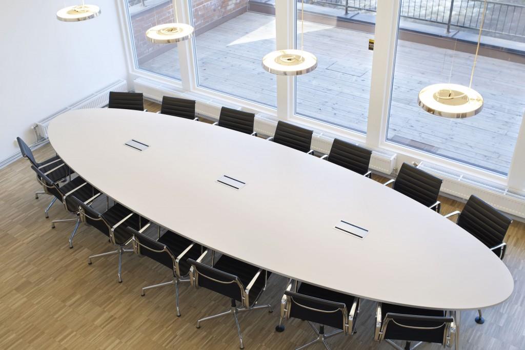 Møteromsbelysning hos Norrøna Sports hovedkontor