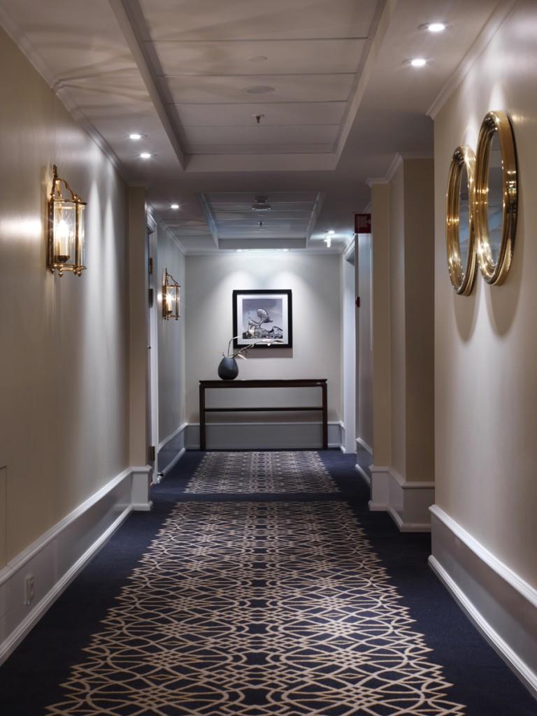 Belysning i gang på Hotel Continental