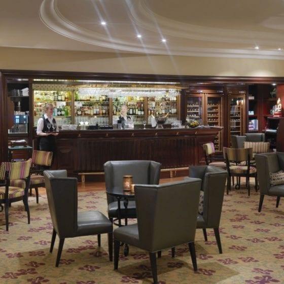 Belysning i barområde på Hotel Continental