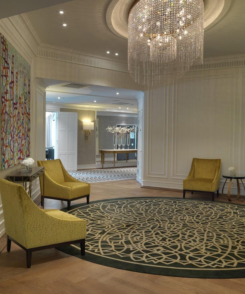 Belysning i lounge på Hotel Contintental