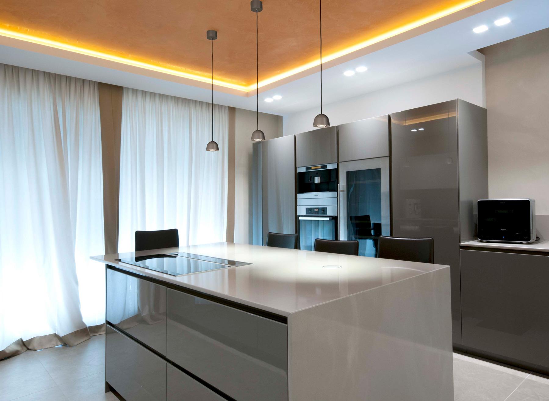 Cone lamper fra TAL i kjøkkenmiljø