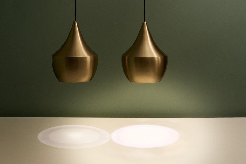 BEAT-lamper fra Tom Dixon som demonstrerer sterkere lys